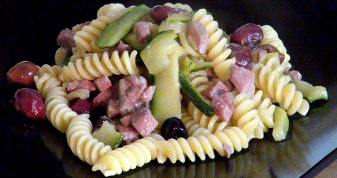 <font color='#009fe3'>Fusilli tuna, zucchine and Gaeta olives