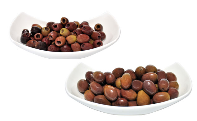 Black natural Leccino Olives