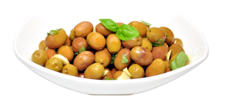 ricetta-genovese-con-olive-leccino-_genovese-recipe-whole-leccino-olives-basil-andgarlic